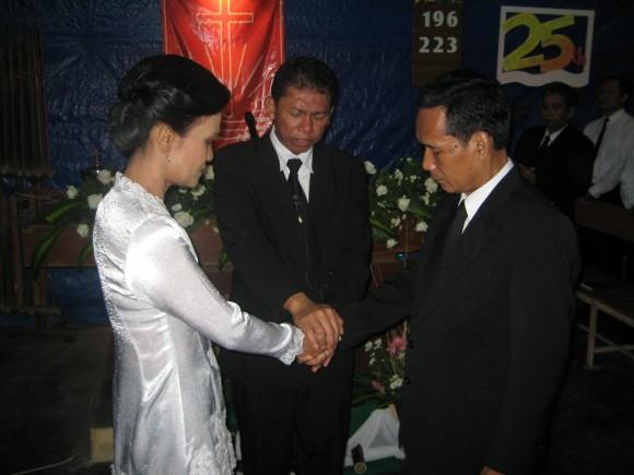 berkat-pernikahan-kurung-2